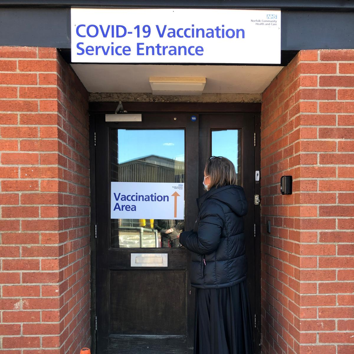 To the vaccination service entrance…